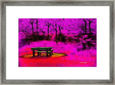 Pic-nic Violet - Pa Framed Print