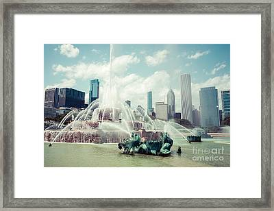 Picture Of Buckingham Fountain With Chicago Skyline Framed Print