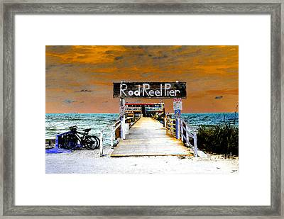 Pier Scape Framed Print by David Lee Thompson