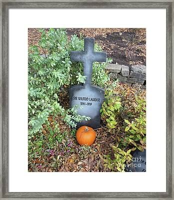 Pierre Tombale / Sir Wilfrid Laurier 1841-1919 / Gravestone Framed Print by Dominique Fortier