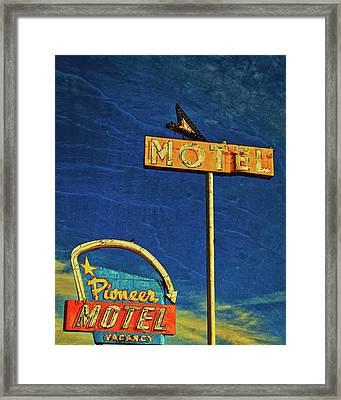 Pioneer Motel, Albuquerque, New Mexico Framed Print by Flying Z Photography by Zayne Diamond