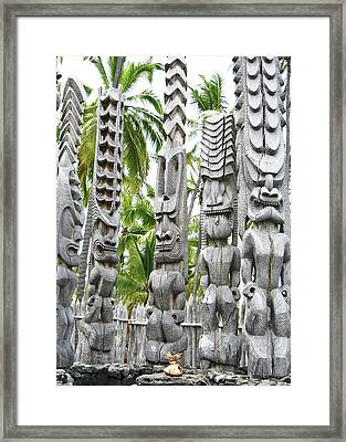 Place Of Refuge - Pu'uhonua O Honaunau National Park Hawaii Framed Print