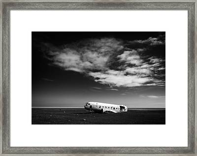 Framed Print featuring the photograph Plane Wreck Black And White Iceland by Matthias Hauser