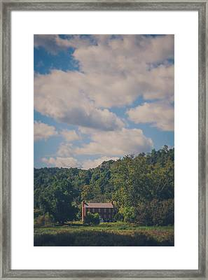 Framed Print featuring the photograph Plantation House by Shane Holsclaw