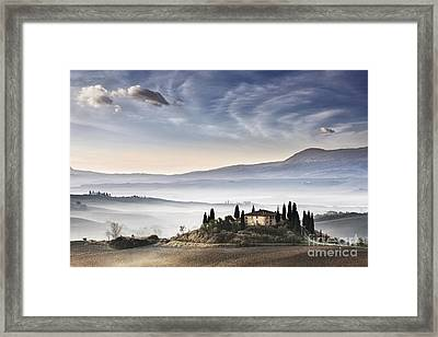 Podere Belvedere 3 Framed Print by Rod McLean