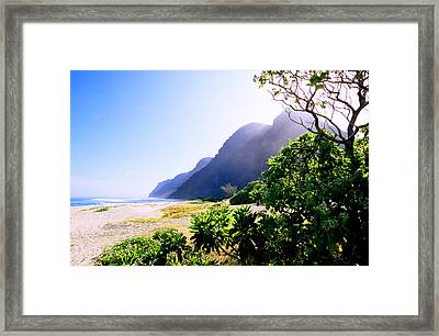 Polihale Morning Framed Print by Kevin Smith