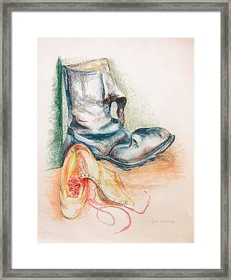 Pompes Framed Print by Muriel Dolemieux