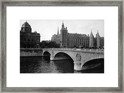 Pont Neuf, Paris, C. 1910 Framed Print by Everett