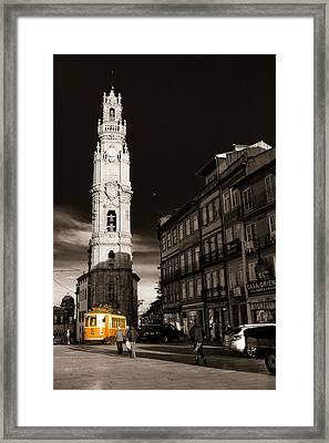 Porto Electric Tram Framed Print by Antonio Costa
