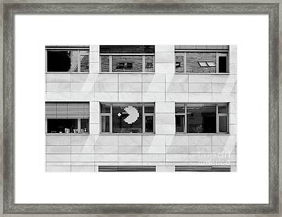 Post-it Pacman Framed Print by Dean Harte