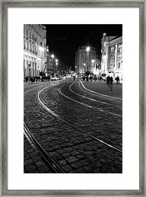 Praga At Night Framed Print