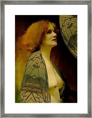 Pre-raphaelite Beauty Framed Print by Sarah Vernon