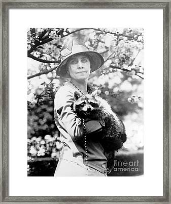 Presidential Pet, Mrs. Coolidge Framed Print by Science Source