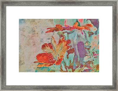 Pretty Bouquet - A09z7bt2 Framed Print by Variance Collections