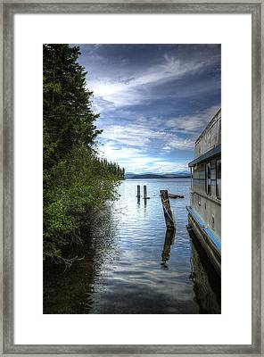Priest Lake Houseboat 7001 Framed Print by Jerry Sodorff