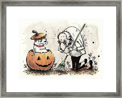 Princess The Alpha Male In A Jack-o'-lantern Framed Print by Connor Reed Crank