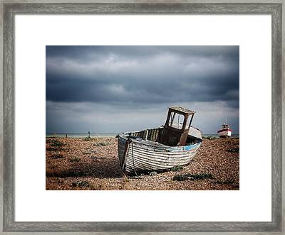 Projekt Desolate The Chase Framed Print by Stuart Ellesmere