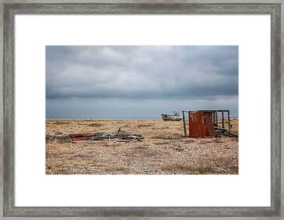 Projekt Desolate The Triple Framed Print by Stuart Ellesmere