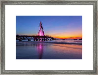 Framed Print featuring the photograph Puesta De Sol En La Playa De Los Murtos by Edward Kreis