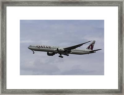Qatar Airlines Boeing 777 Framed Print