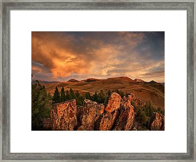 Quartzite Formations Framed Print by Leland D Howard