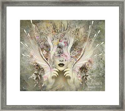 Queen Flora Framed Print