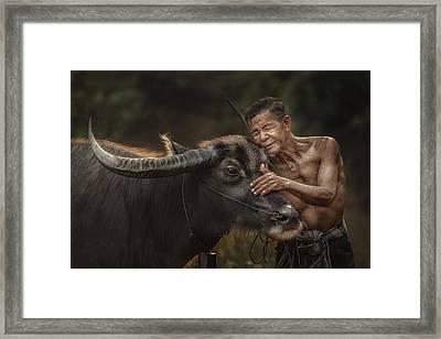 R U Ready For Work? Framed Print by Jakkree Thampitakkull