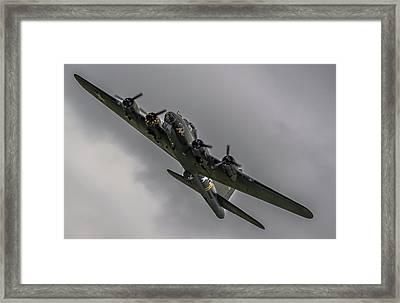 Raf Scampton 2017 - B-17 Flying Fortress Sally B Turning Framed Print