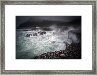 Framed Print featuring the photograph Raging Waves On The Oregon Coast by William Lee