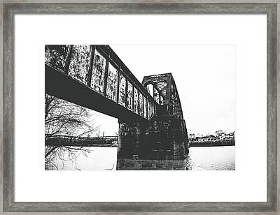 Railroad Over The Red River - Bw Framed Print