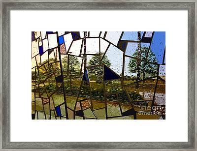 Rain On Glass Framed Print by David Lee Thompson