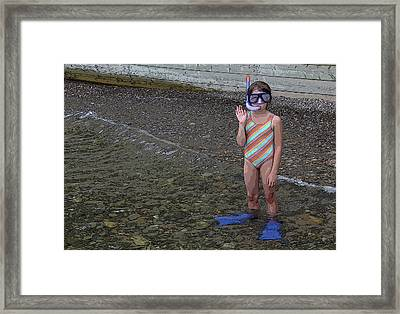 Ready To Snorkel Framed Print by Frank Howie