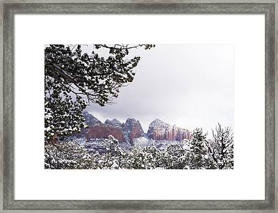 Red Beats White Framed Print