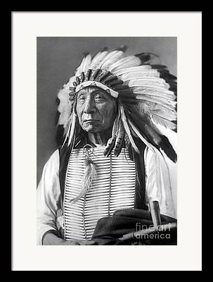 Chief Red Cloud Framed Prints