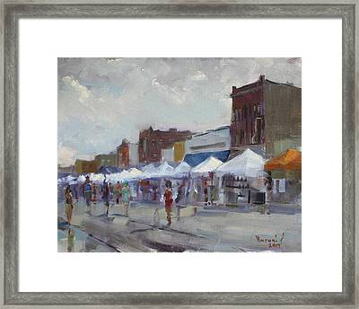 Rein And Sun At Canal Fest In North Tonawanda Framed Print