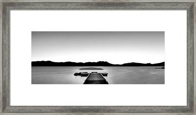 Framed Print featuring the photograph Relax by Hayato Matsumoto