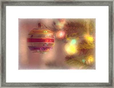 Framed Print featuring the photograph Relaxed Holiday by Christina Lihani