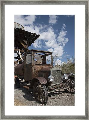 Framed Print featuring the photograph Rest Stop by Annette Berglund