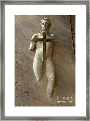 Resurrection By Igor Mitoraj Framed Print by Fabrizio Ruggeri
