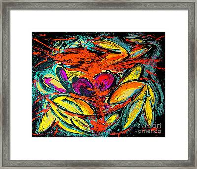 Retrato Framed Print