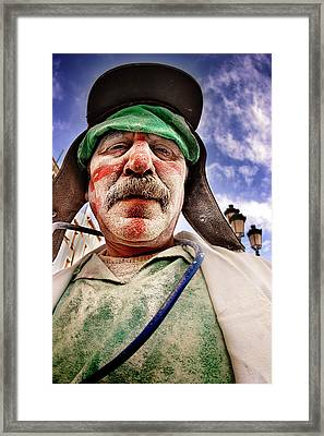 Retrato_4 Framed Print