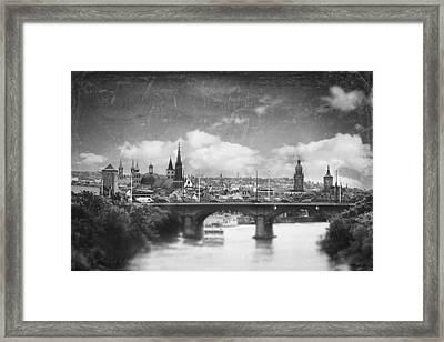 Retro City Framed Print