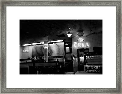 Retro Diner In Athens, Georgia -black And White Framed Print