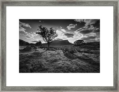 Framed Print featuring the photograph Rhyd Ddu, Snowdonia, Wales by Richard Wiggins