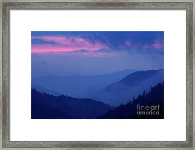 Framed Print featuring the photograph Ridges - D000023 by Daniel Dempster