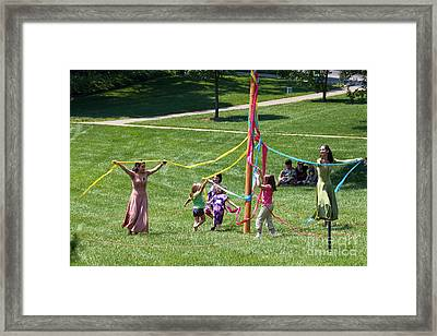 Ring Around Framed Print by Stanton Tubb