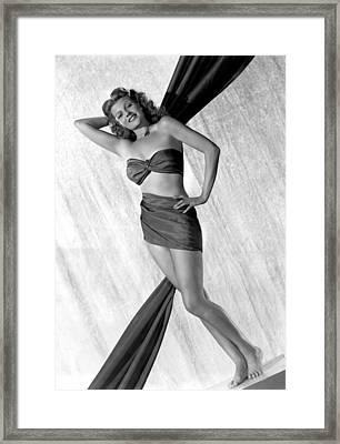 Rita Hayworth, 1940s Framed Print by Everett