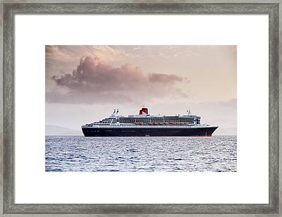 Rms Queen Mary 2 Framed Print by Grant Glendinning