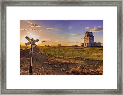 End Of The Day On The Montana Hi Line Framed Print