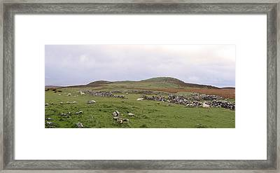 Road To Waternish Point Framed Print by Dan Andersson